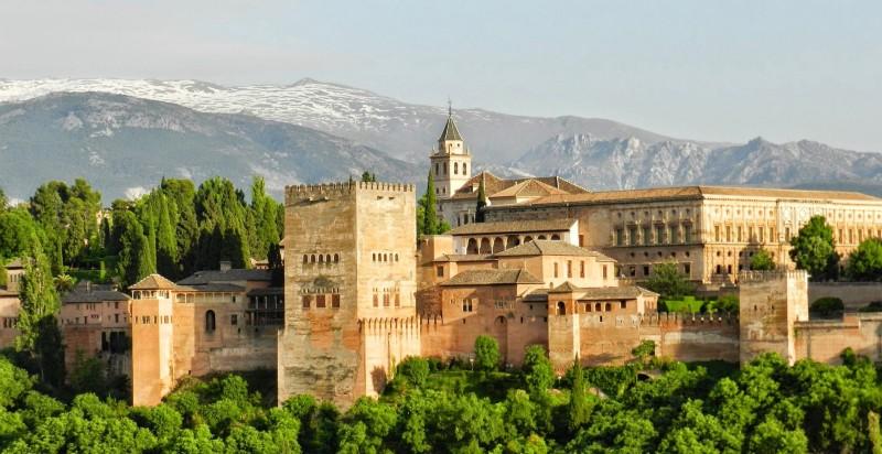 The Alhambra-Granada, Spain (image: Pixabay)